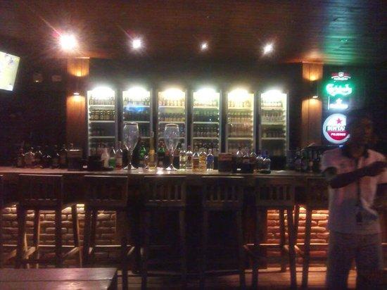 J Boutique Hotel: Bar