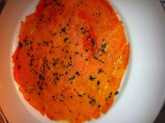 Buon Ricordo : Marinated salmon entree
