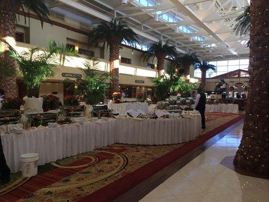 TradeWinds Island Grand Resort: Thanksgiving Feast