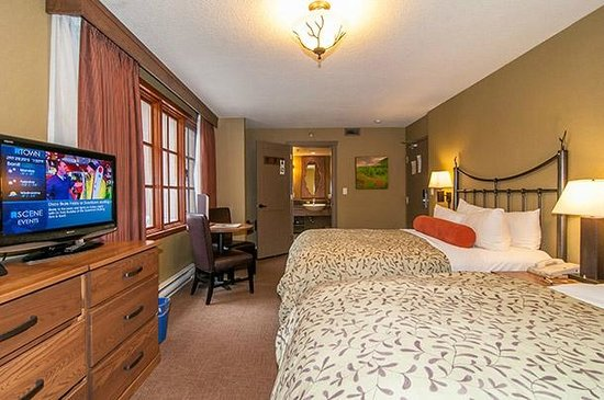 Banff Caribou Lodge & Spa: Accessible room