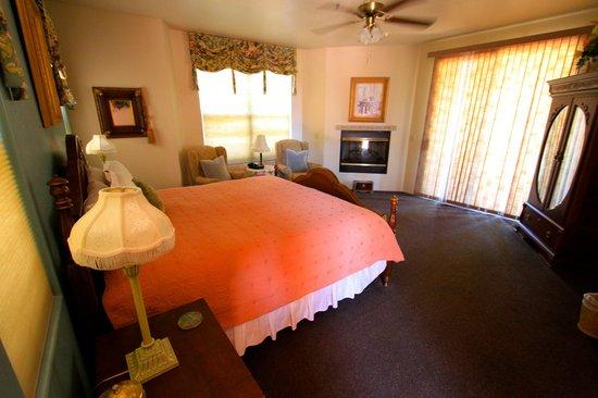 Alma de Sedona Inn Bed & Breakfast: room view
