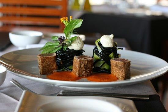 The Lotus Restaurant: Un plat