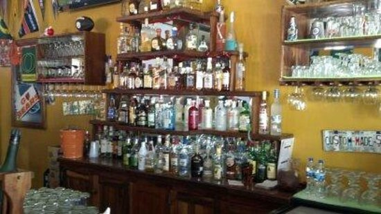 The General's Sports Bar & Restaurant : Good drinks