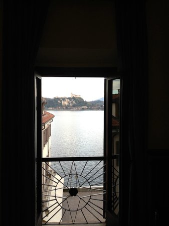 Hotel Meuble Florida: View from inside room