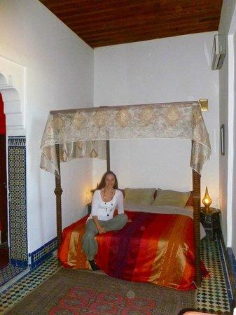 Riad Dezayn: Chambre près de la terrasse