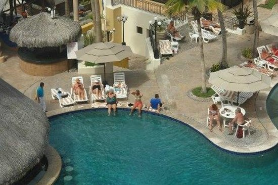 Marina Fiesta Resort & Spa: This is actually my friends and myself down there. Surprise! Didn'teven know it wasbeing taken :