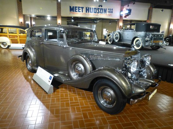 Gilmore Car Museum: 1937 Railton, Hudson chassis & engine