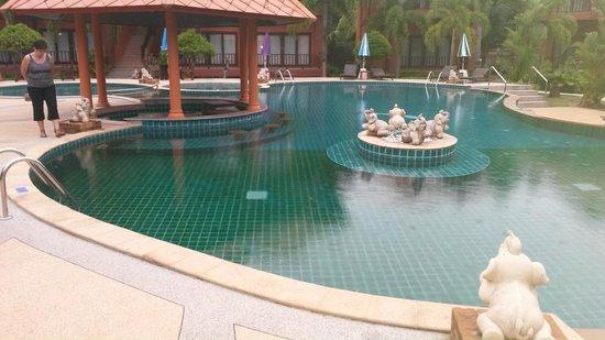 Andamanee Boutique Resort: Pool