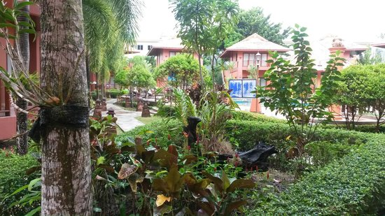 Andamanee Boutique Resort : Hotel grounds
