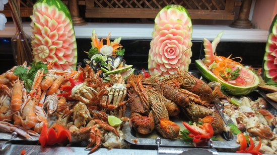 Lobster at buffet restaurant - Picture of Luxury Bahia Principe Cayo Levantado, Cayo Levantado ...