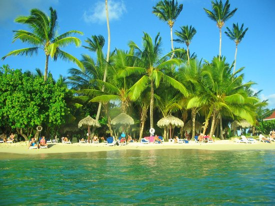 Luxury Bahia Principe Cayo Levantado: Another beach photo from the water