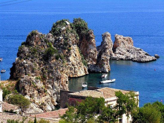 Things To Do in Baglio Di Scopello, Restaurants in Baglio Di Scopello