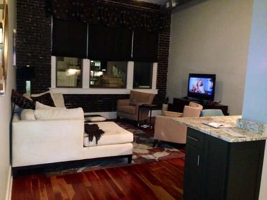 The Restoration: Living Room 305
