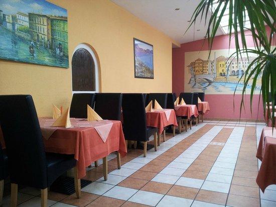 Ristorante Pizzeria Villa Venezia: Wintergarten