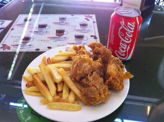 Cafeteria El Molinillo: Pollo Crujiente con Patatas + CocaCola