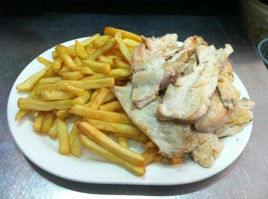 Cafeteria El Molinillo : Filete de Pechuga de Pollo con Patatas