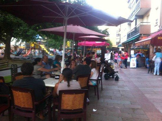 Cafeteria El Molinillo : Terraza en Verano
