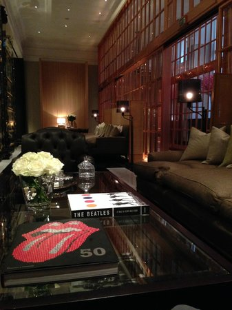Rosewood London: Hotel Lobby