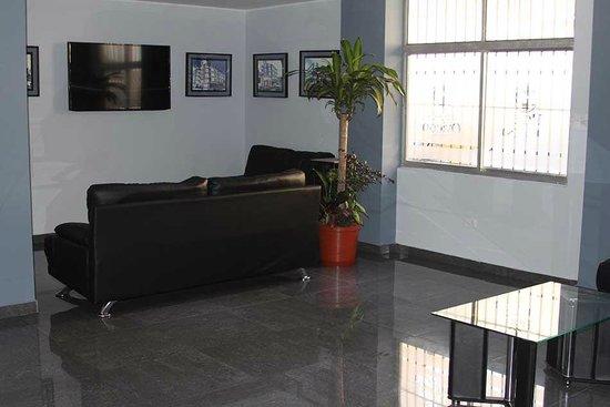 Hotel Oviedo: Lobby