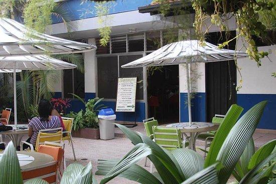 Hotel Oviedo: Terraza
