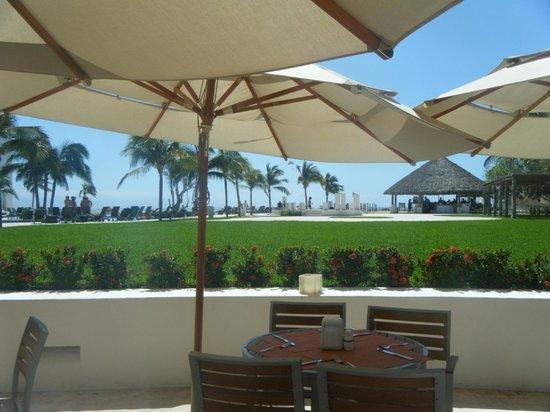Dreams Villamagna Nuevo Vallarta: Lunch at Oceana