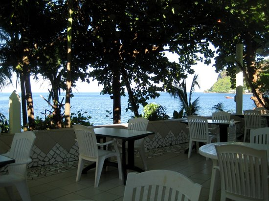 Sunset Bay Club & SeaSide Dive Center: Terrasse mit Meerblick