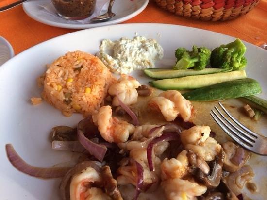 Chile's Pepper: ajillo shrimp, a MUST have,
