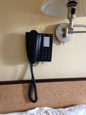 Hotel Albert 1er : telephone in room