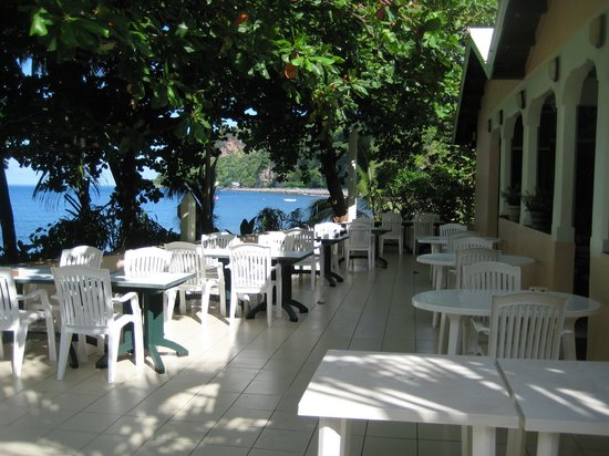 Sunset Bay Club & SeaSide Dive Center : Terrasse