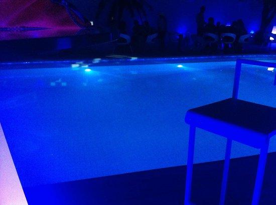 Ocean Bangkok: pool partyy