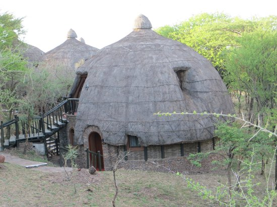 Serengeti Serena Safari Lodge: Rondavel