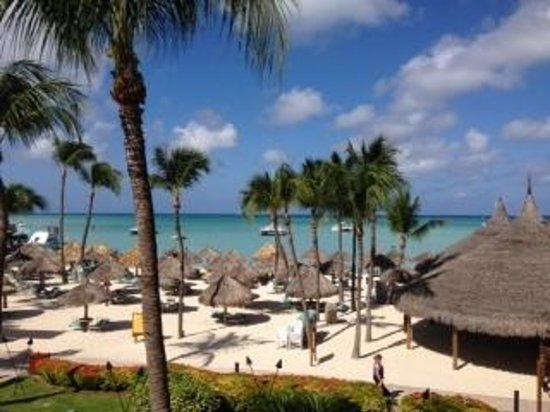 Hyatt Regency Aruba Resort and Casino : View from our walk out balcony
