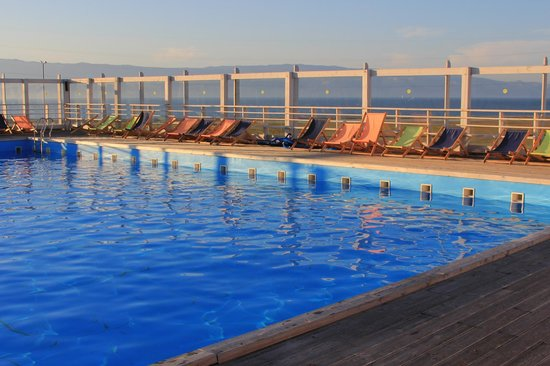 Baikal View Hotel: Бассейн с видом на Байкал