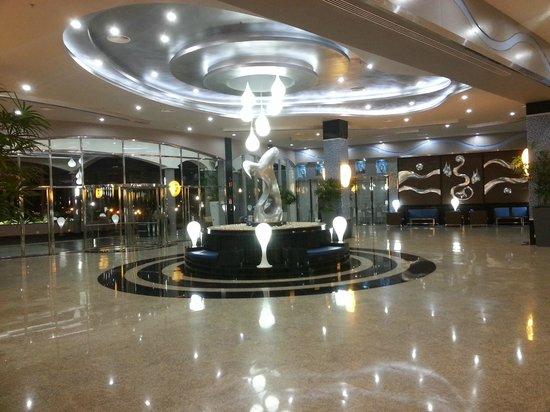 Hotel Riu Palace Costa Rica: Lobby