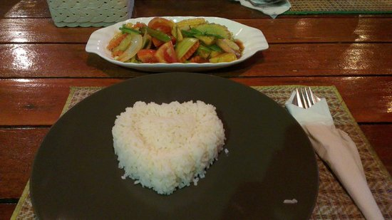 Sabai Sabai: Sweat and sour with rice