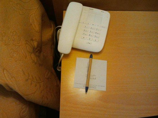 Gran Versalles Hotel : telefono
