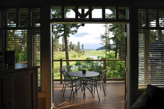 Predator Ridge Resort: Cottage view