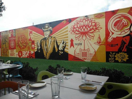 wynwood kitchen and bar grafites - Wynwood Kitchen And Bar