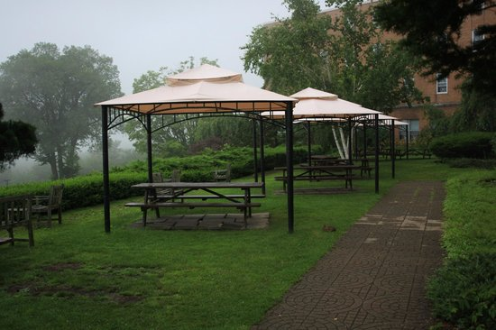 Kripalu Center for Yoga & Health: You can bring your lunch out here to eat