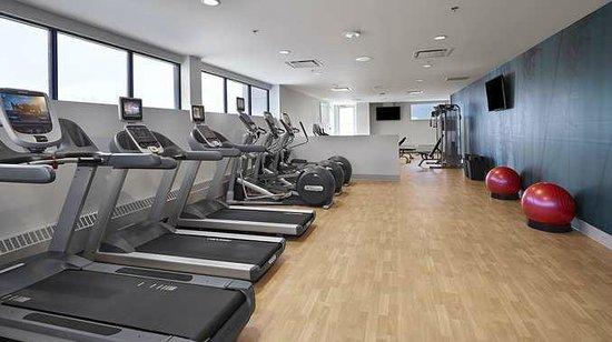 DoubleTree by Hilton Hotel & Conference Centre Regina: Fitness Center
