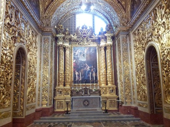 St. John's Co-Cathedral: schöne Innenansicht