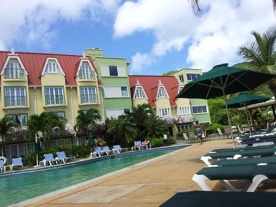 Coco Palm Resort: façade