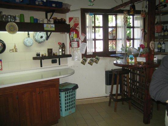 La Casa del Árbol  Hostel El Bolson: Cocina para todos