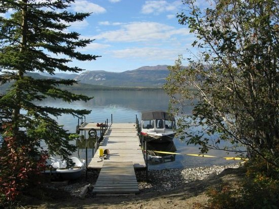 Little Atlin Lodge: Our dock