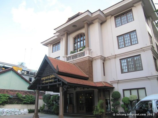 City River Hotel: Hotel