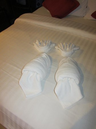 Lanta Sand Resort and Spa: towel