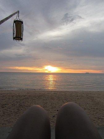 Lanta Sand Resort and Spa: pool bar view
