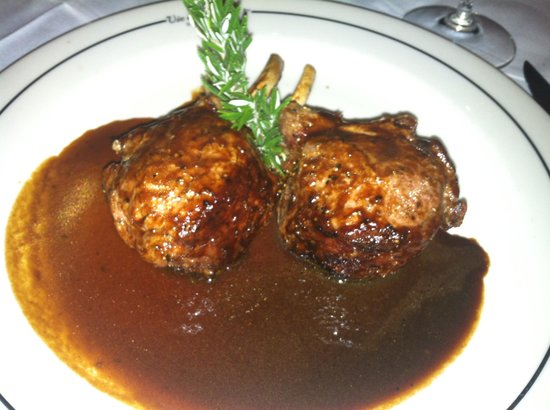 Vic & Anthony's Steakhouse: lamb chops