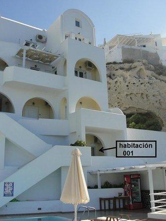 Tzekos Villas : Vista desde la pileta