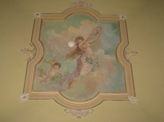 Hotel Romano House: Photo of ceiling of the room